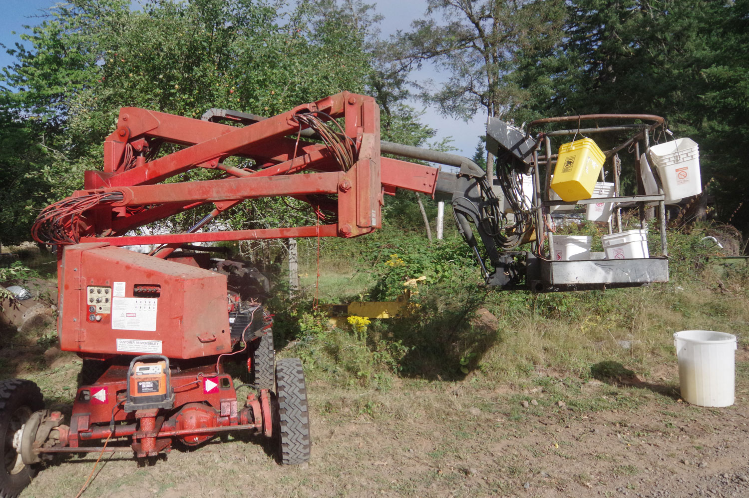 How Often Rotate Tires >> Simon Aerial Lift AT40C
