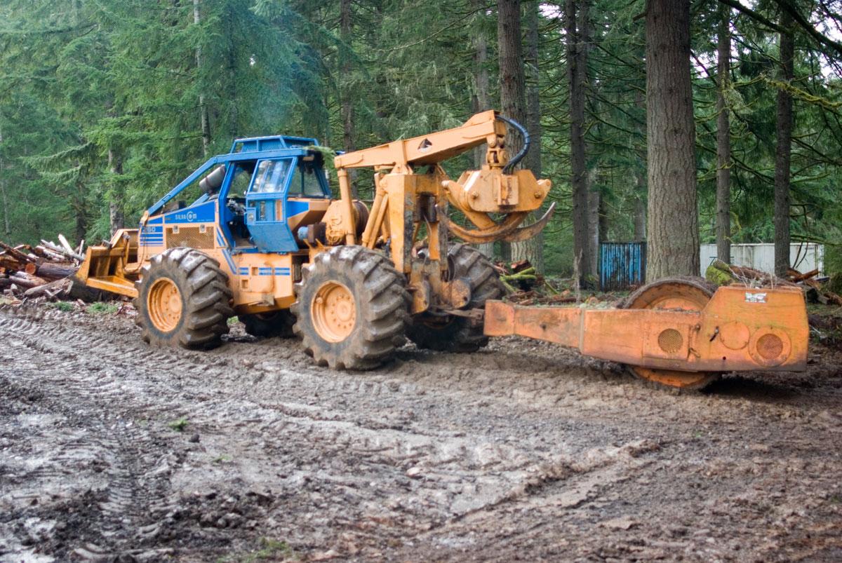 Hydrostatic Drive Log skidders: Morgan SilvaCom
