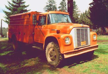 VanNatta Big Trucks - International Harvester 1600 4x4 Loadstar