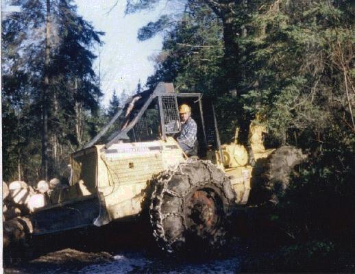 VanNatta Log Skidders: IH S8A From Sharbot Lake