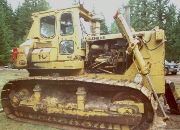 Fiat Allis HD 21C -- Historic logging equipment - Bulldozer